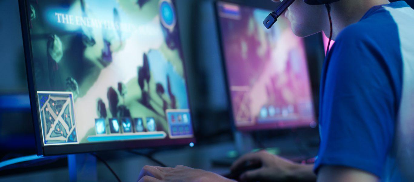 อุตสาหกรรมเกมมูลค่า 120 พันล้านเหรียญถูกสร้างขึ้นจากด้านหลัง